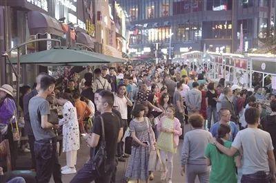 西宁旅游夜经济持续升温