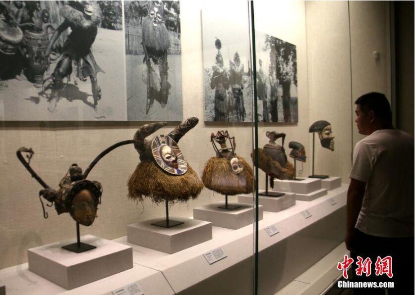 百余中非珍稀面具艺术亮相河南博物院